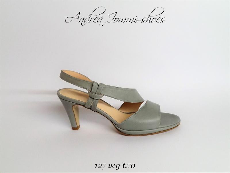 sandali in pelle vegetale