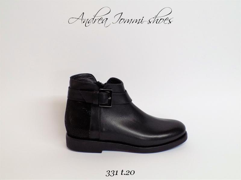 stivali su misura personalizzabili made in Italy